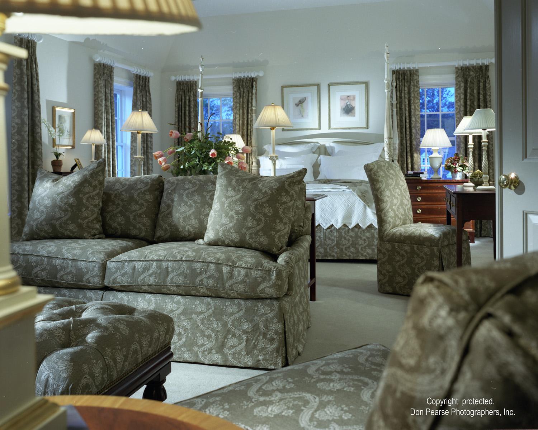 Master Bedroom Sitting Room - Vaughan Building Company